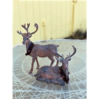 set_of_resin_deer